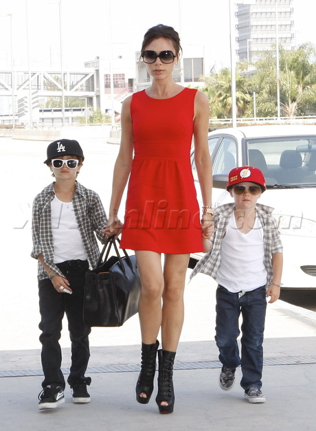 Victoria Beckham with her two kids, Cholo and Vato.
